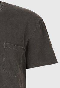AllSaints - PILOT - Basic T-shirt - black - 4