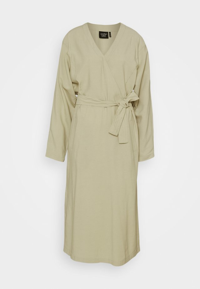 YAMA DRESS - Day dress - alfafa