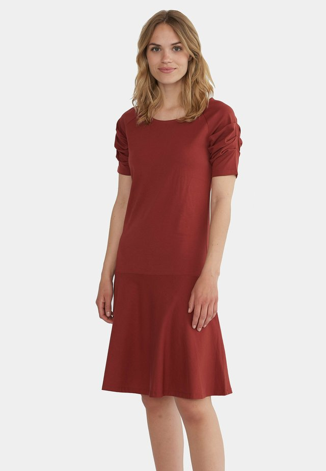 ELISABETH - Hverdagskjoler - red