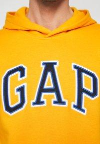 GAP - ARCH  - Hoodie - zesty orange - 4