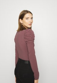 ONLY - ONLZAYLA PUFF - Body - rose brown - 3