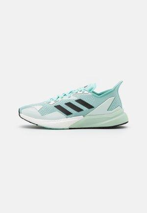 X9000L3 - Sneaker low - frost mint/core black/silver metallic