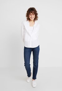 GAP - ASTOR - Jeans straight leg - dark indigo - 1