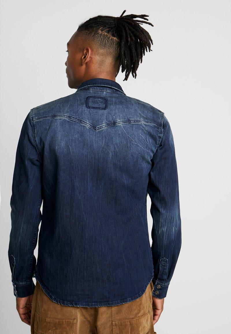 Tigha FRED - Hemd - mid blue/blau 8m41vo