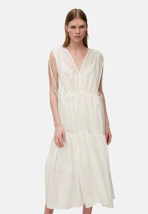 DRESS - Vapaa-ajan mekko - white