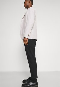 Calvin Klein Tailored - SHORT SLEEVE FLOWER PRINT  - Shirt - print / black - 3