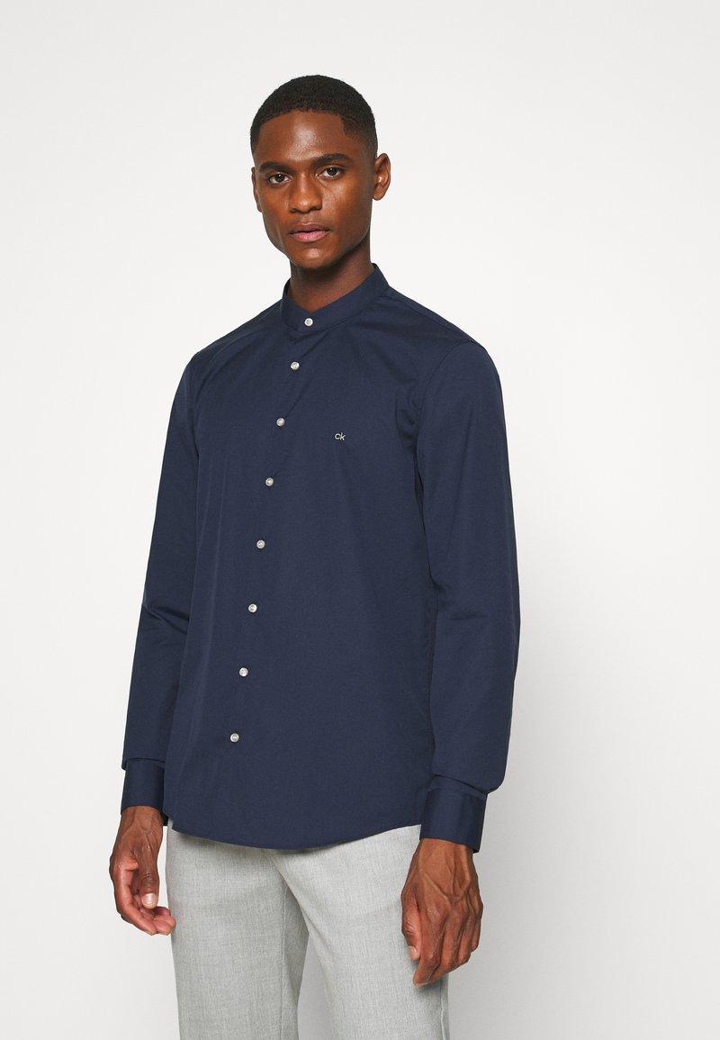 Calvin Klein Tailored - EASY IRON SLIM - Shirt - blue