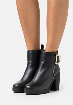 ABBA CHUNKY BUCKLE - Bottines à plateau - black