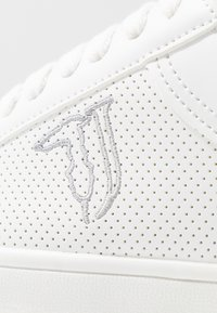 Trussardi Jeans - Trainers - white - 2