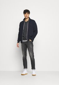 Tommy Hilfiger - CORE ZIP THROUGH - Zip-up hoodie - blue - 1