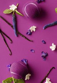 Lacoste Fragrances - L.12.12 POUR ELLE MAGNETIC EAU DE PARFUM - Perfumy - - - 2