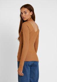 Vero Moda - VMKATE V NECK - Long sleeved top - tobacco brown - 2