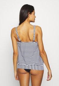Venice Beach - OVERSIZE TANKINI - Bikinitop - white/navy - 2