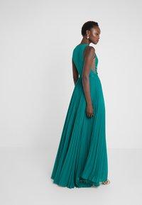 Elisabetta Franchi - Occasion wear - smeraldo - 2