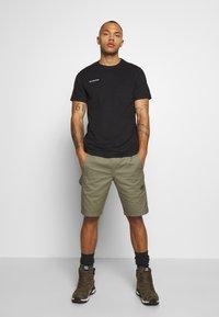 Mammut - MASSONE - T-shirt med print - black - 1