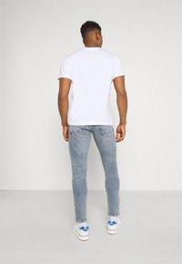 Redefined Rebel - COPENHAGEN - Jeans slim fit - acid shade - 2