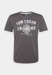 TOM TAILOR - LOGO TEE - T-shirt imprimé - quiet mid grey - 0