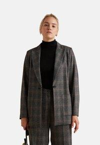 Elena Mirò - Short coat - grigio - 0
