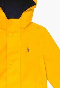 Polo Ralph Lauren - Vodotěsná bunda - yellow fin - 3