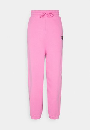 RELAXED BADGE - Pantalon de survêtement - pink daisy