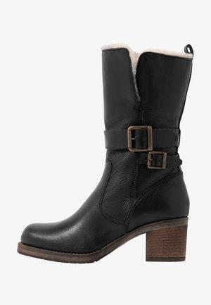 ROKOKO - Boots - black