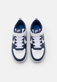 Nike Sportswear - COURT BOROUGH UNISEX - Trainers - white/blue void/signal blue - 3