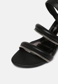 Diesel - SA-JAYNET - Sandals - black - 7