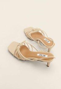 NA-KD - Sandals - creme - 1