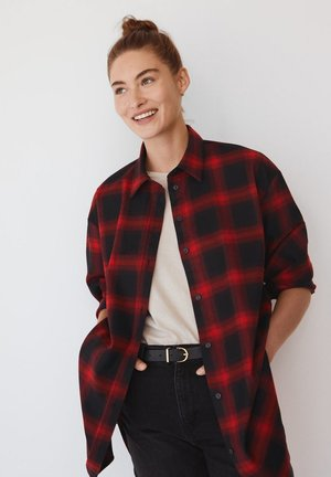 GRUNGE - Button-down blouse - rød