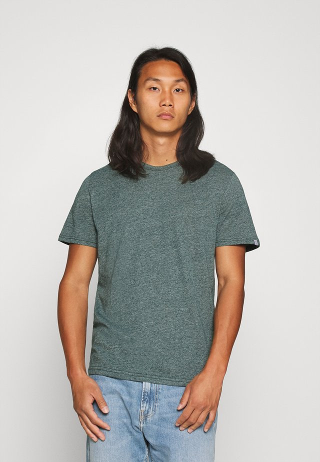 COSY GRINDLE  - T-shirt basic - stroke green