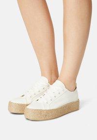 Even&Odd - Casual lace-ups - off-white - 0