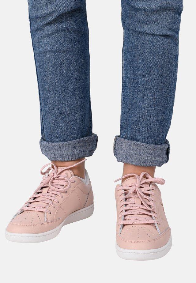COURT CLAY W - Sneakersy niskie - pink