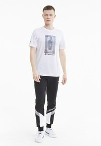 Puma - BMW GRAPHIC TEE - Print T-shirt -  white - 1