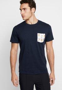 Jack & Jones - Print T-shirt - total eclipse - 0