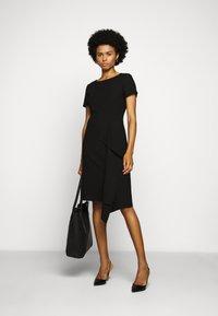 HUGO - KIBINA - Pouzdrové šaty - black - 1