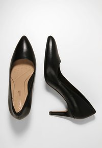 Clarks - LAINA RAE - Klassiske pumps - black - 3