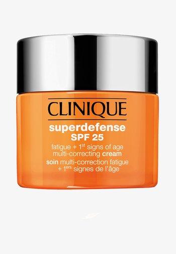 SUPERDEFENSE CREAM SPF 25 SKIN TYPE 1/2 - Face cream - -