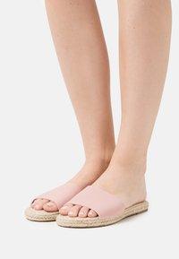 Rubi Shoes by Cotton On - IGGY SLIDE - Sandaler - pale pink - 0