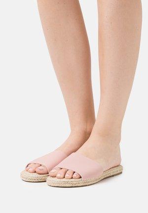 IGGY SLIDE - Sandaler - pale pink