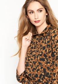 LolaLiza - Jersey dress - brown - 3
