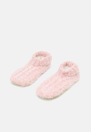 WOMEN COSY HOMESLIPPERS - Socks - rosé