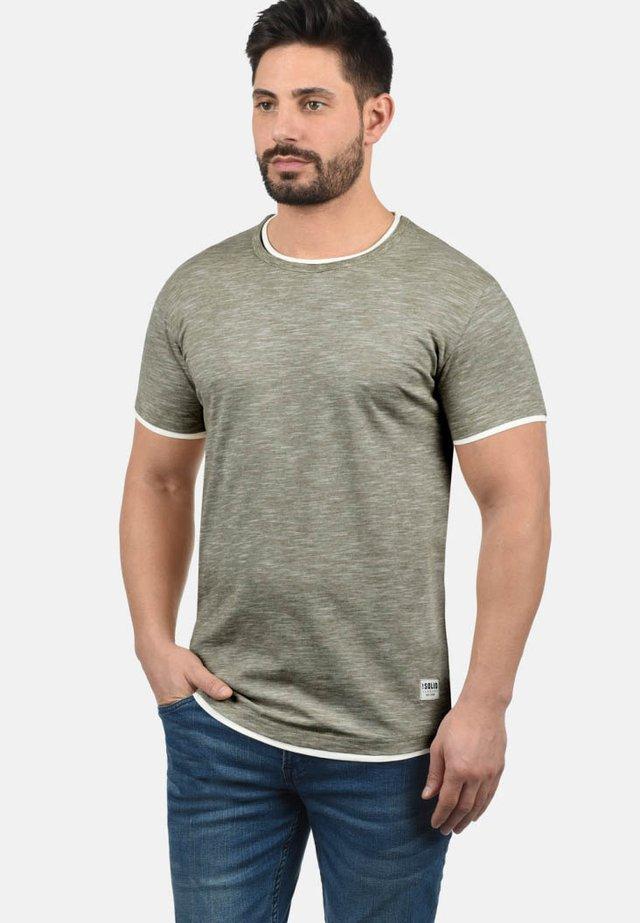 RUNDHALSSHIRT RIGOS - T-shirt basic - dusty olive