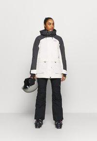 COLOURWEAR - BLAZE JACKET - Snowboard jacket - off white - 1