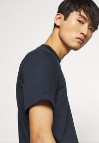 J.LINDEBERG - ACE SMOOTH - T-shirt basic - navy - 3