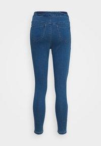 Missguided Petite - VICE HIGHWAISTED SLASH KNEE - Jeans Skinny Fit - blue - 6