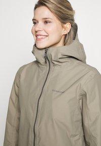 Didriksons - MIRANDA WOMEN'S PARKA - Waterproof jacket - mistel green - 4