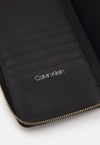 Calvin Klein - WALLET XL - Wallet - black - 4