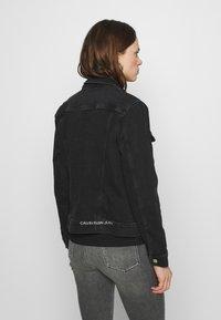 Calvin Klein Jeans - REGULAR - Cowboyjakker - denim black - 2