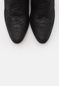 YAS - YASBIRA - Kotníková obuv - black - 5