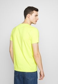 Tommy Hilfiger - TEE - T-shirt con stampa - green - 2
